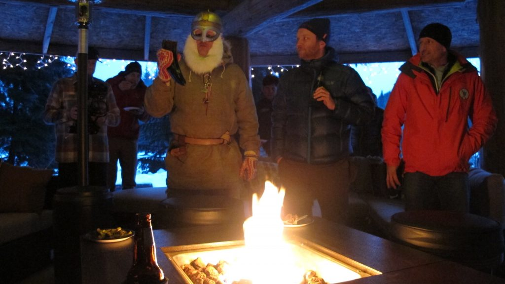 ULLR Outdoor Bar